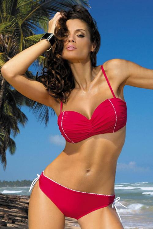 Červené plavky pro plnoštíhlé Naomi Rosso