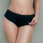 Černé zeštihlující plavkové kalhotky TRIOLA 91615