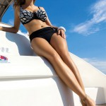 Plavky pro plnoštíhlé S 773 Self s kosticemi a košíčky zvedajícími prsa
