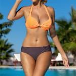 Dvoubarevné push up plavky S 668 - Self s vyztuženými košíčky a kosticemi
