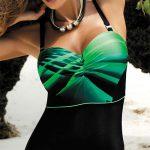 Jednodílné plavky s kosticí a vyztuženými košíčky