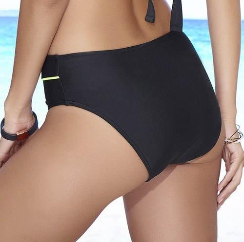 Plavkové kalhotky nadměrných velikostí