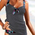 Puntíkované tankiny - ideální plavky pro těhotné