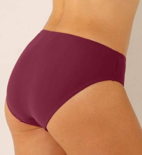 Fialové plavky pro boubelky