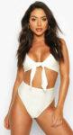 Bílé stylové plavky s vysokým pasem