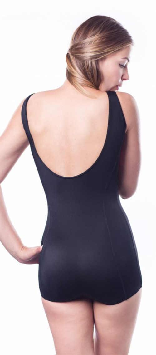 Černé dámské jednodílné plavky s další nohavičkou