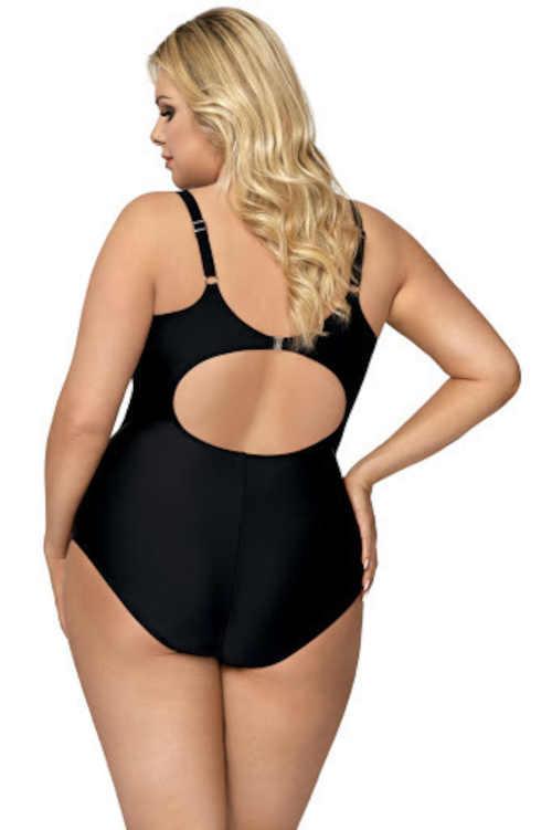moderní jednodílné plavky s výstřihem na zádech