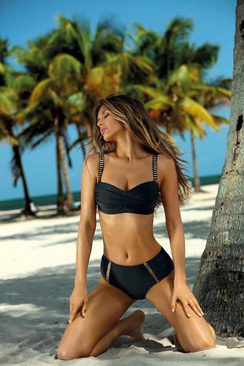 Dvoudílné moderní dámské plavky v černo-zlatém provedení